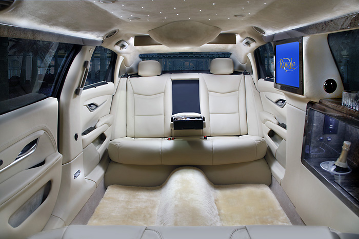 70-inch XTS Five Door | Royale